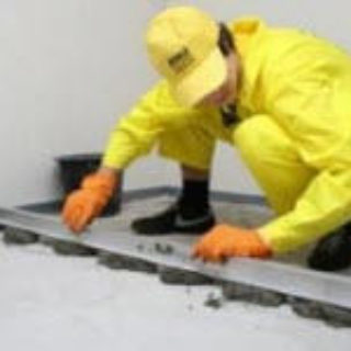 Подготовка поверхности пола для укладки плитки