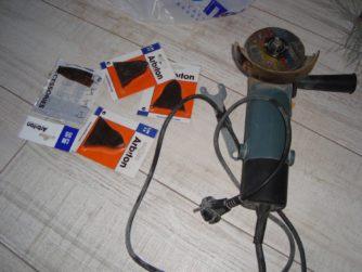 Работа с ПВХ-плинтусами при проведении ремонта своими руками