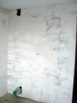 Шпаклевание стен под обои