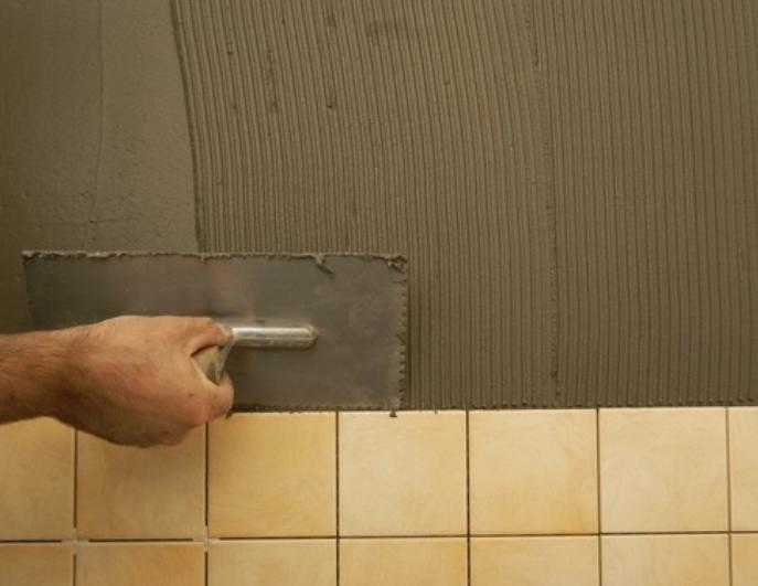 Лучший способ приклеивания плитки