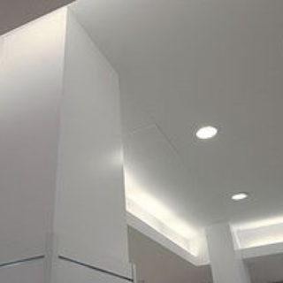 Натяжные потолки для разных комнат