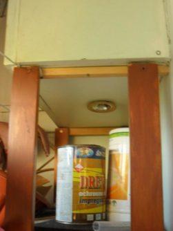 Экономичная отделка балкона