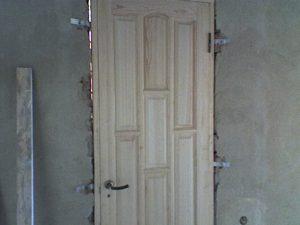 Как я устанавливаю коробку двери