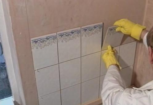 Керамическая плитка на стену - плюсы и минусы