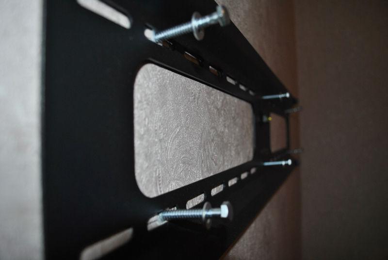 телевизор на гипсолитовую стену