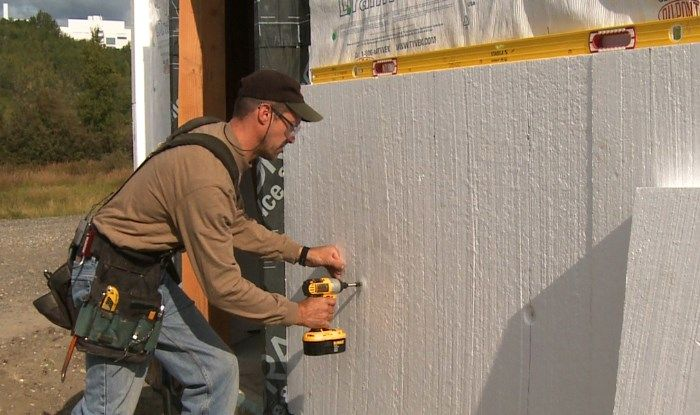 styrofoam-insulation-foam-on-wall